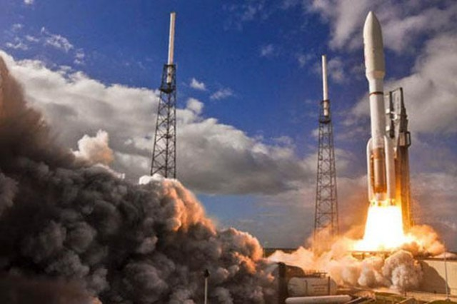 First Spacecraft To Study Mars Interior Launched