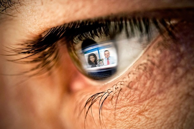 Now Blind People Can Enjoy Facebook Images